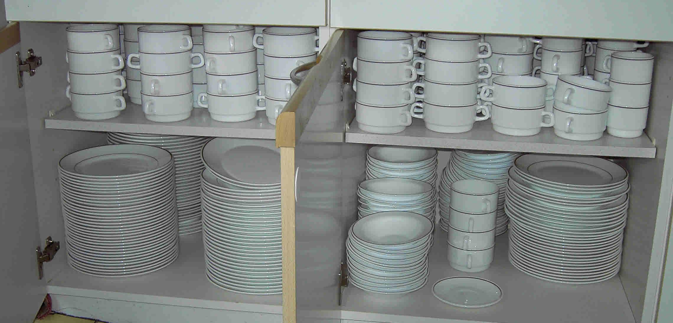 Kitchen 2014 crockery